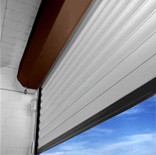Porte de garage motoris e radio brun tablier beige for Porte de garage 2 40 x 2 15